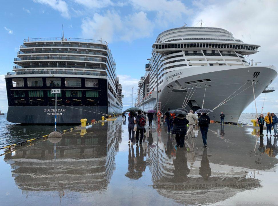 Das Kreuzfahrtschiff